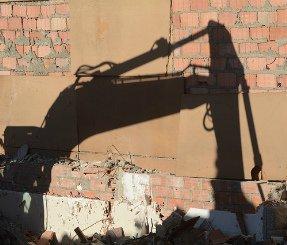 Власти Волгограда поспешили снести дом после заселения