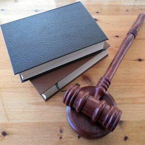 Депутатам усложнят внесение поправок в КоАП