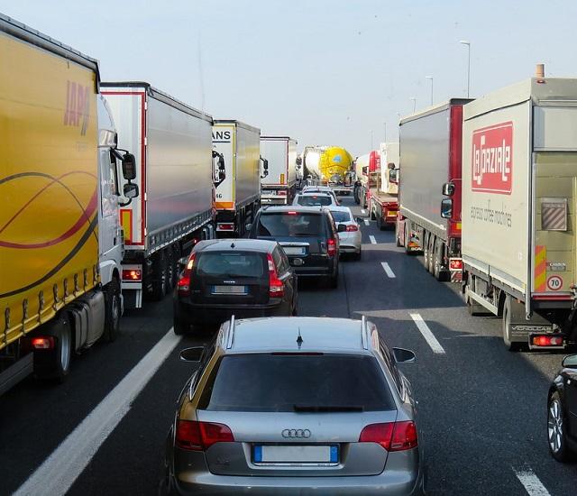 Более 30 миллиардов рублей собрано в дорожный фонд через «Платон»