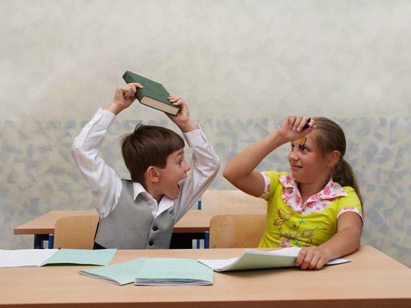 Кто отвечает за безопасность детей в школе?