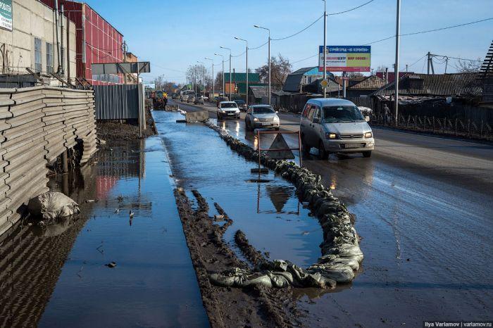 Медведев выделил Омской области 106 млн рублей на ремонт дорог
