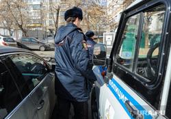 В Ишиме за взятку задержаны сотрудники полиции.