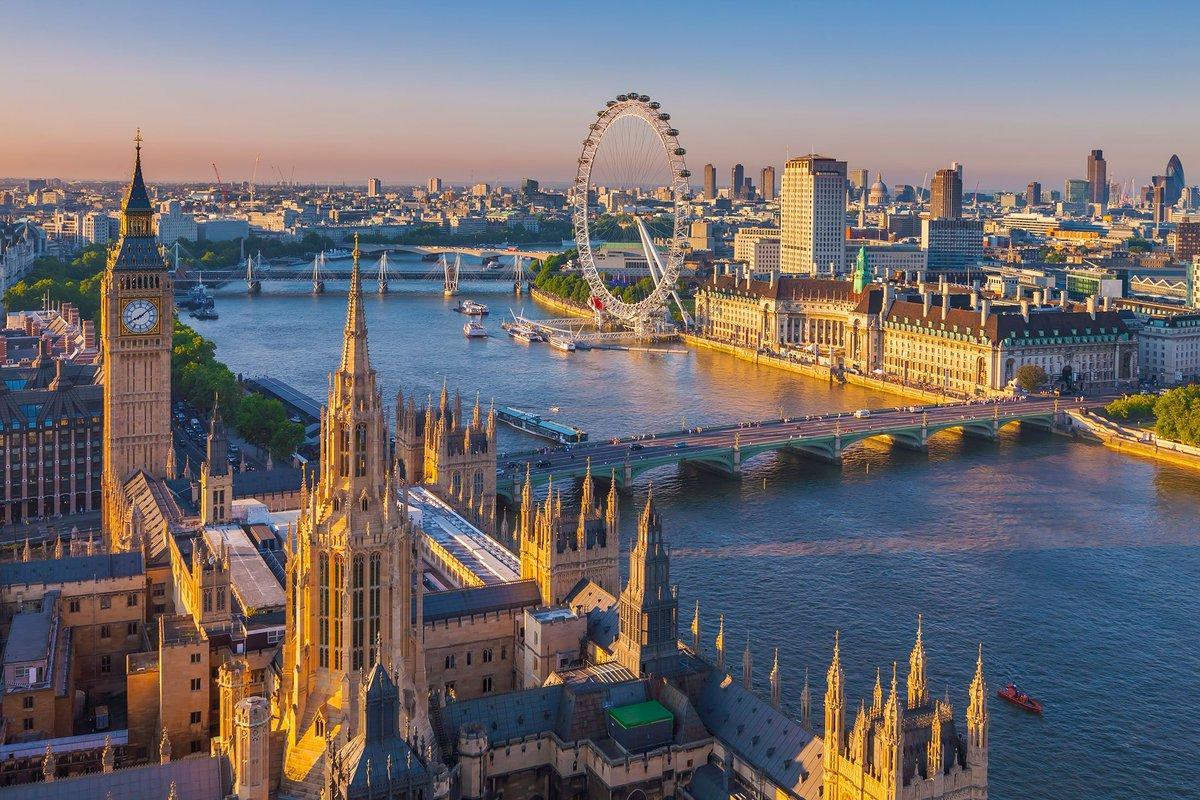 Мост в великобритании на английском въезде хутор