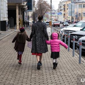 Семьи россиян с детьми освободят от налогов