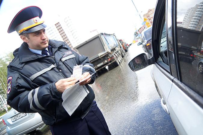 Имеет ли гаишник право интересоваться здоровьем водителя