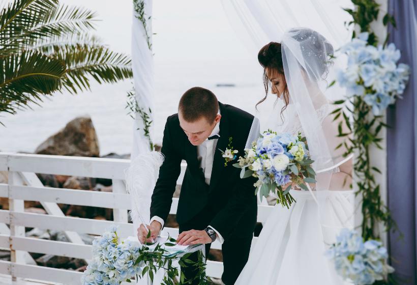 В России узаконят выездную регистрацию браков