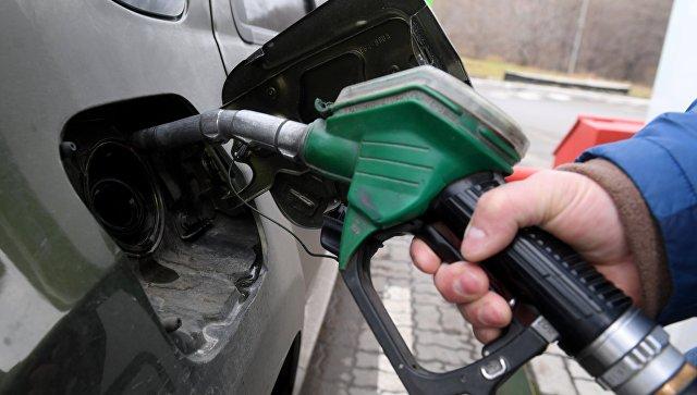 В Казахстане предложили запретить ввоз бензина из России