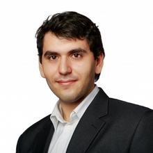 Начальник юридического отдела Арутюнов Григорий Сергеевич, г. Санкт-Петербург