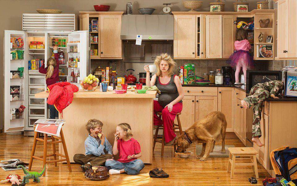 «Мыть посуду вместе». Повышение пенсионного возраста уравняло мужчин и женщин?