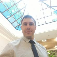 Начальник договорного отдела Зеленин Евгений Сергеевич, г. Сургут