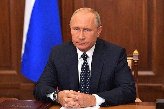 Элиты пожертвуют Путиным при необходимости - политолог