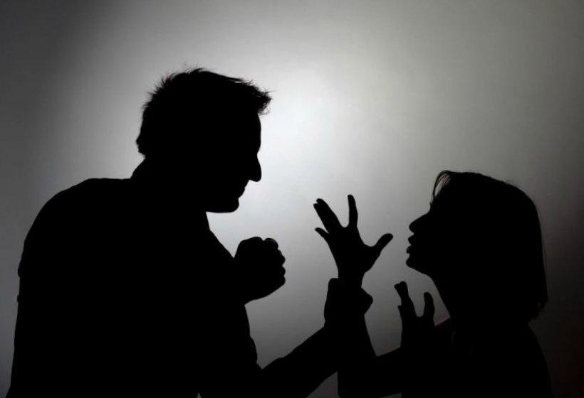 Угрозы и оскорбления от бывшего супруга – что делать?