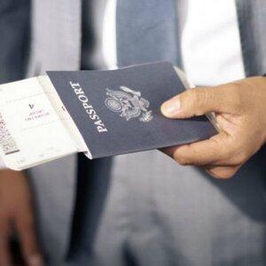 Как правильно выбрать миграционного адвоката