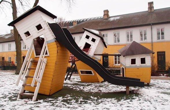 Кто строит детские площадки во дворах