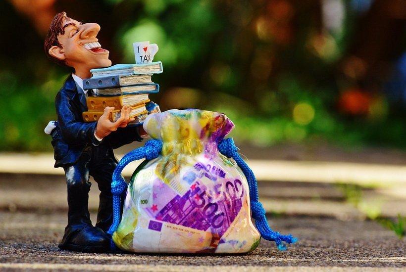Имущественные налоги разрешили оплачивать авансом