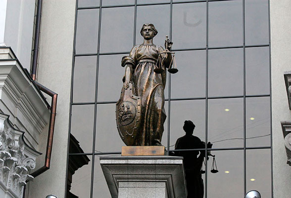 Верховный Суд не согласился на снос бани, помешавшей соседу по даче