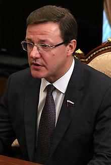 Самарский губернатор ответил на появление гроба с телом у правительства