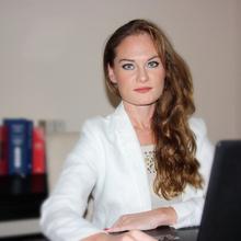 Адвокат Петрова Анна Валериевна, г. Сиракузы