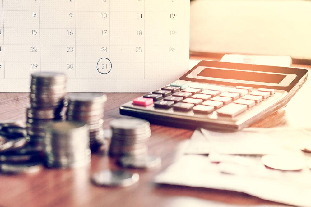 Пенсионеры получат доплаты к пенсиям в мае-июне