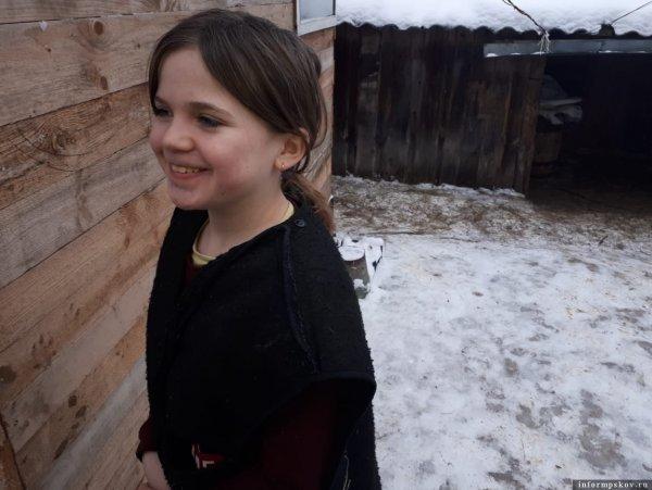 Школьницу осудили за письмо Путину и вынудили уйти из школы!
