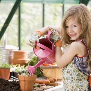 Почему важно с детства приучать детей к труду.