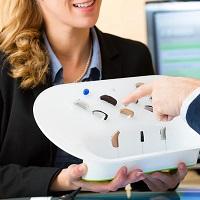 При закупке услуг по слуховому протезированию с предоставлением слуховых аппаратов необходимо ......
