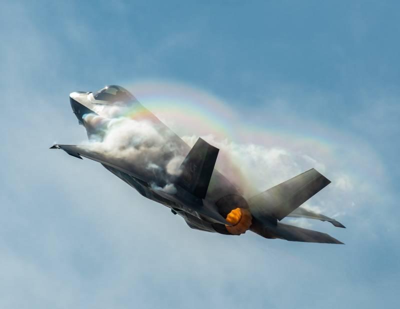 F-35 оснащают новыми европейскими ракетами