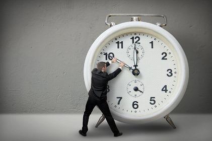 Ученые перечислили последствия из-за перевода часов