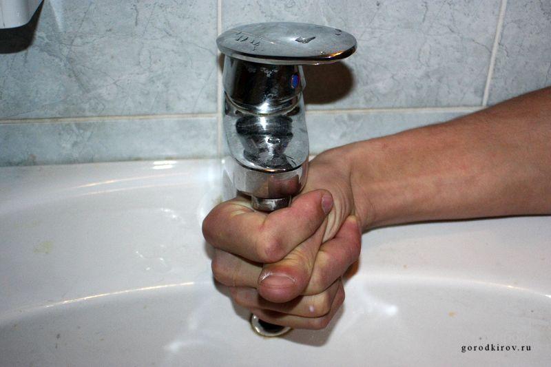 Кировчане оценили качество воды из крана по пятибалльной шкале