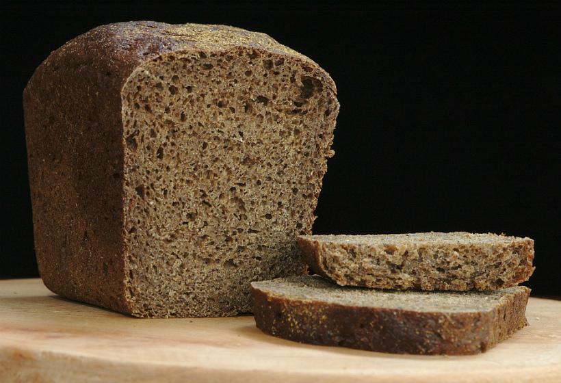 Директор хлебозавода заявил, что хлеб должен стоить 80 рублей