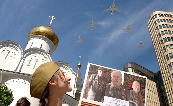 Почему в России  любят парады и проводят их каждый год?