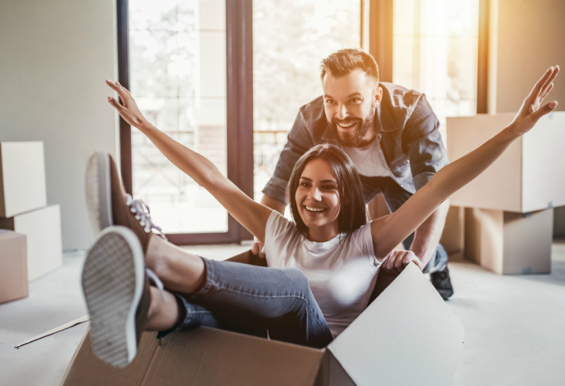 «Счастливая» семья из Москвы сможет накопить на квартиру в Питере за 3 года и 8 месяцев