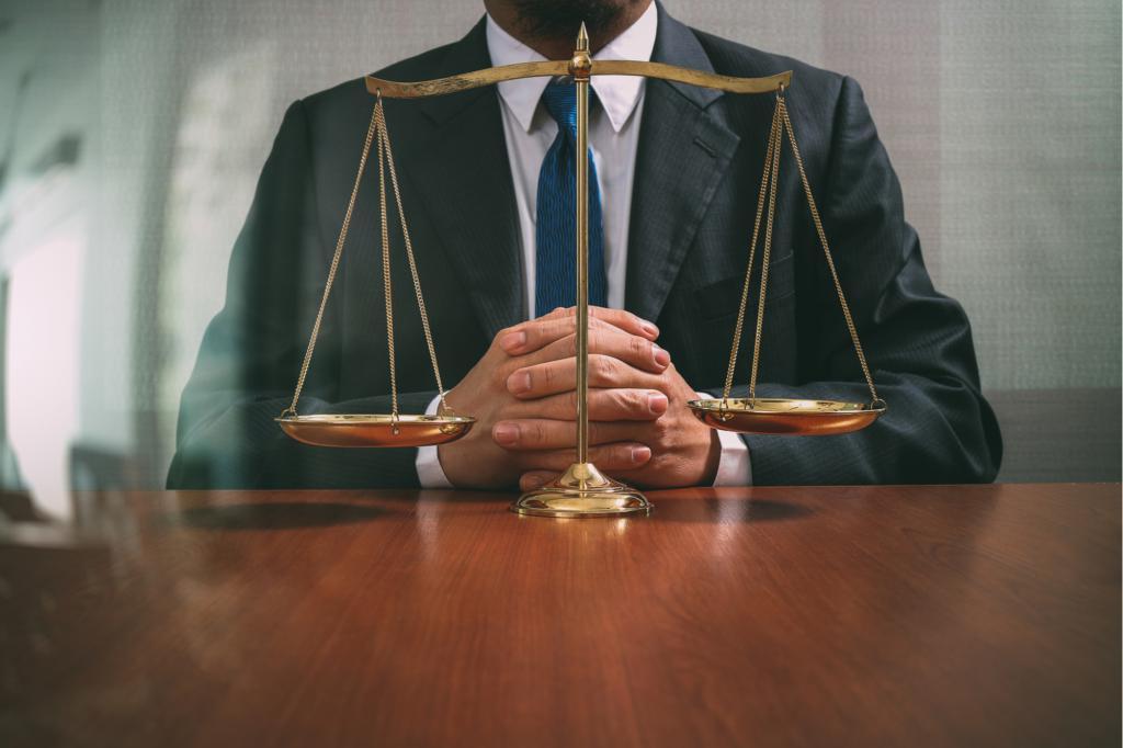 История о поддельных правах