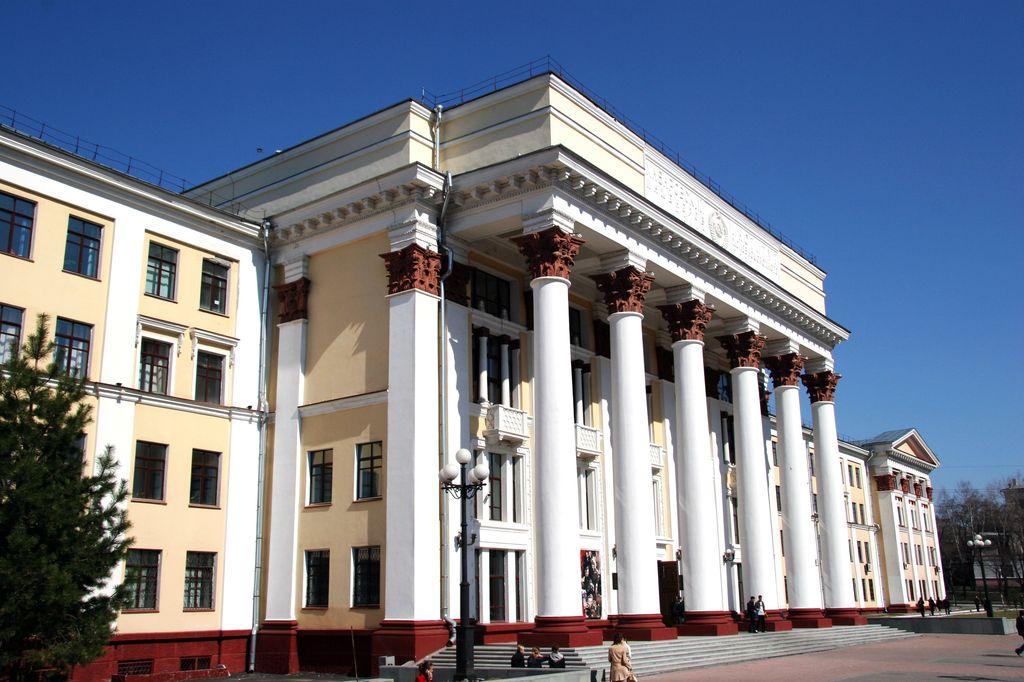 Студенты хабаровского ДВГУПС через Госдуму добились защиты своих прав.