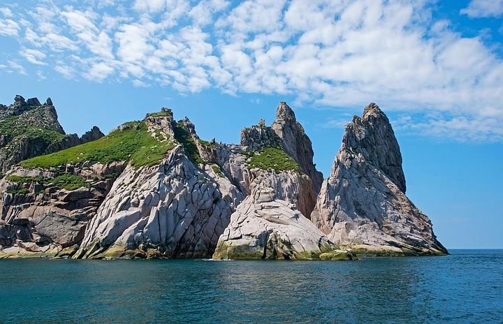 Военные экологи отправятся на очистку острова Большой Шантар в Хабаровском крае.