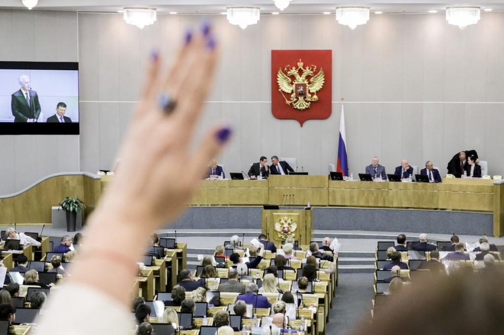 Депутат предложил ввести уголовную ответственность для чиновников, оскорбивших граждан
