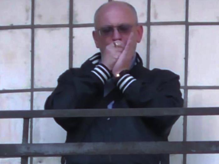 Косяк слуги народа . Курившего марихуану депутата Резника хотят лишить мандата . ВИДЕО
