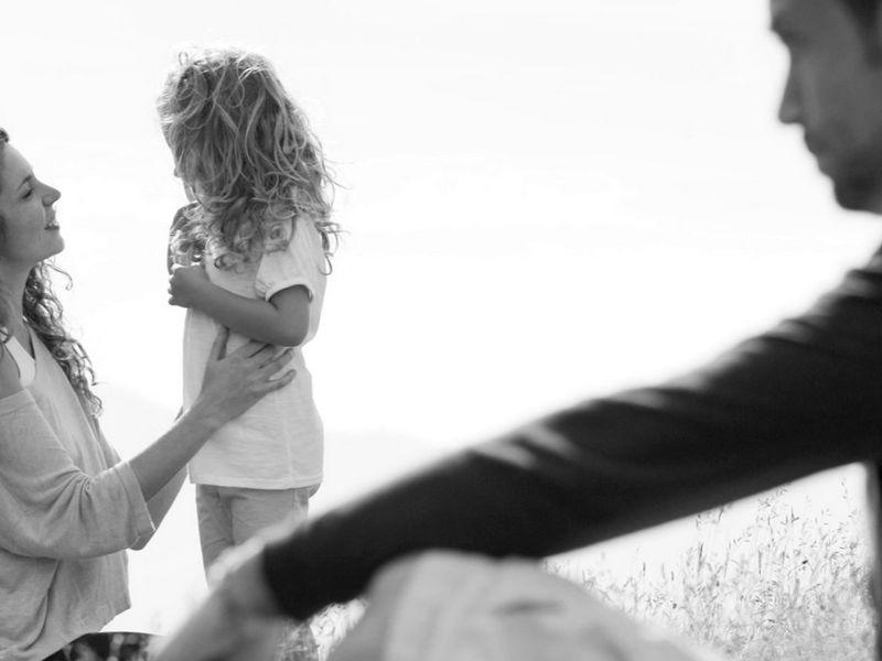 Как отменить или изменить порядок общения ребенка с бывшим супругом