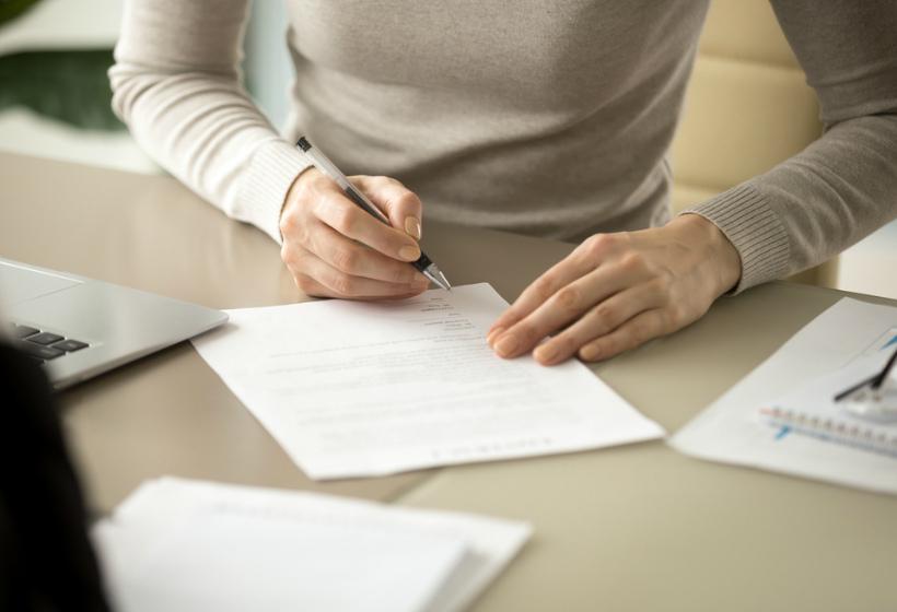Работодатель вынуждает работника уволиться по собственному желанию