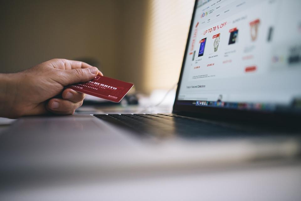 Как вернуть товар, приобретенный по Интернету?