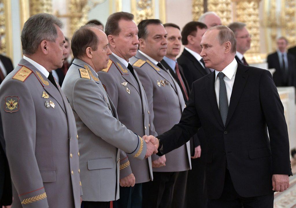 Кто еще на столе у Путина ? О чем молятся в ФСБ, ЦБ, правительстве: кто следующий за Черкалиным ?