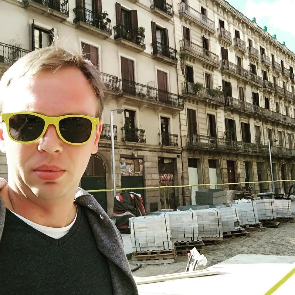 Освобожденный журналист Голунов намерен помочь следствию по его делу