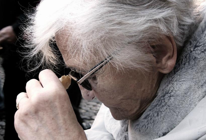Пенсионеры заплатят за сдачу квартиры