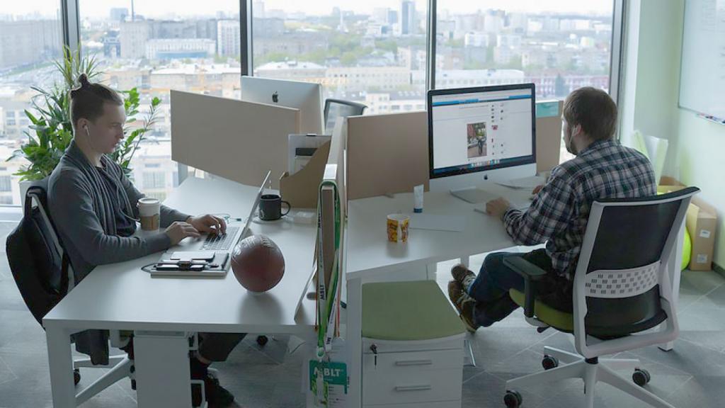 Почти половина россиян выступают против 4-дневной рабочей недели.
