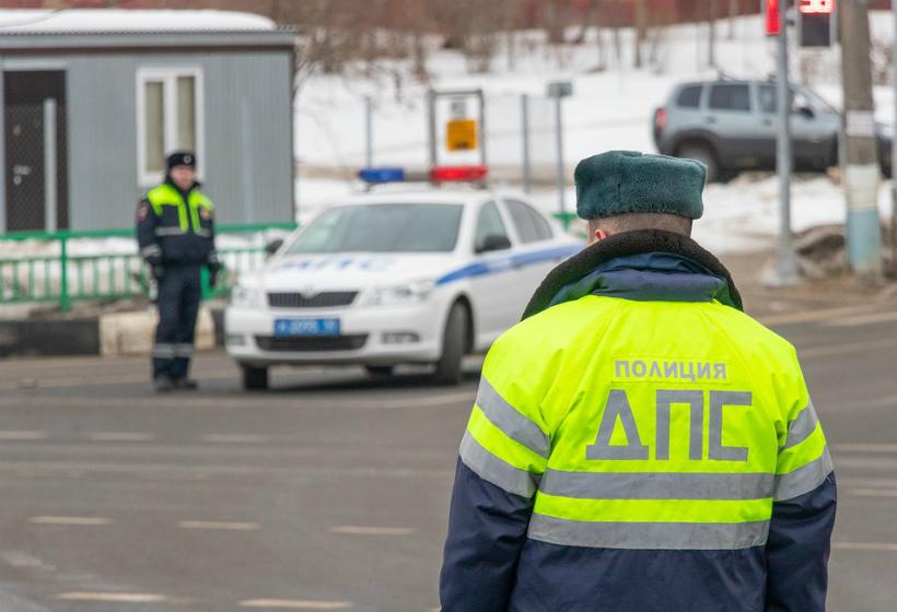 За нечитаемые номера российских водителей будут лишать прав