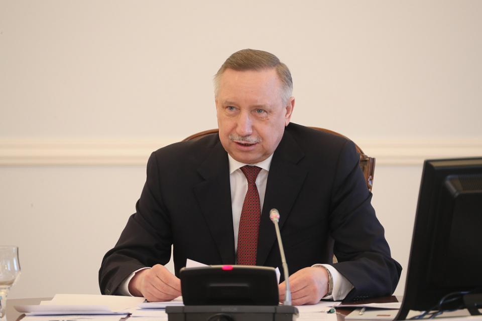 Беглов призвал жёстко разобраться с нелегальной торговлей в Петербурге