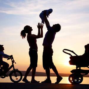 Какие меры социальной поддержки предусмотрены для семей с детьми?