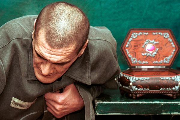 Самые опасные заключенные России годами жили в глухой тайге. Теперь им нашли новый дом.