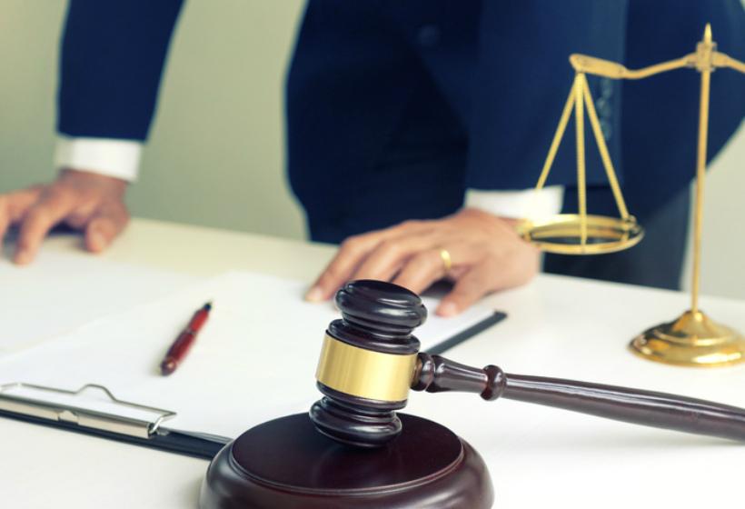 Почему судья не слушает вас в суде