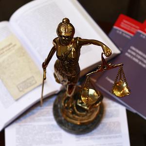 «Переходный период» к новым судам в ходе реформы судебной системы : разъяснения Пленума ВС РФ